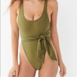 Ris-K Sol one piece Swimsuit SZ Small